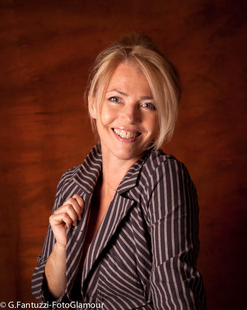Lorna windsor fotoglamour parma il tuo studio fotografico for Borelli arredamenti